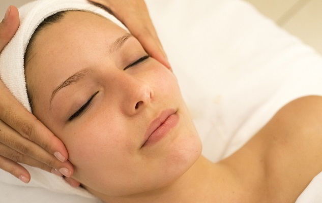 10 Best DIY Facial Massage Techniques to Rejuvenate your Face